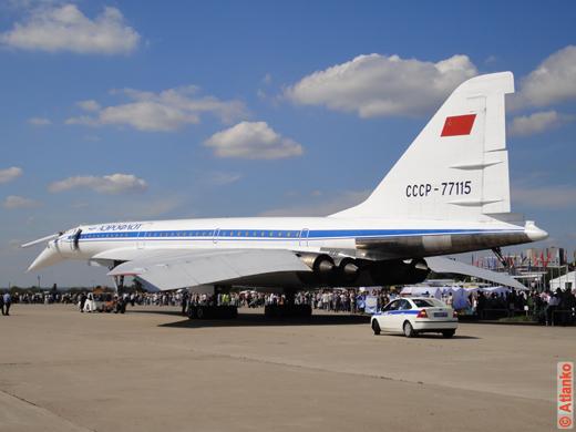 Ту-144 - советский сверхзвуковой пассажирский самолёт на авиасалоне МАКС-2011