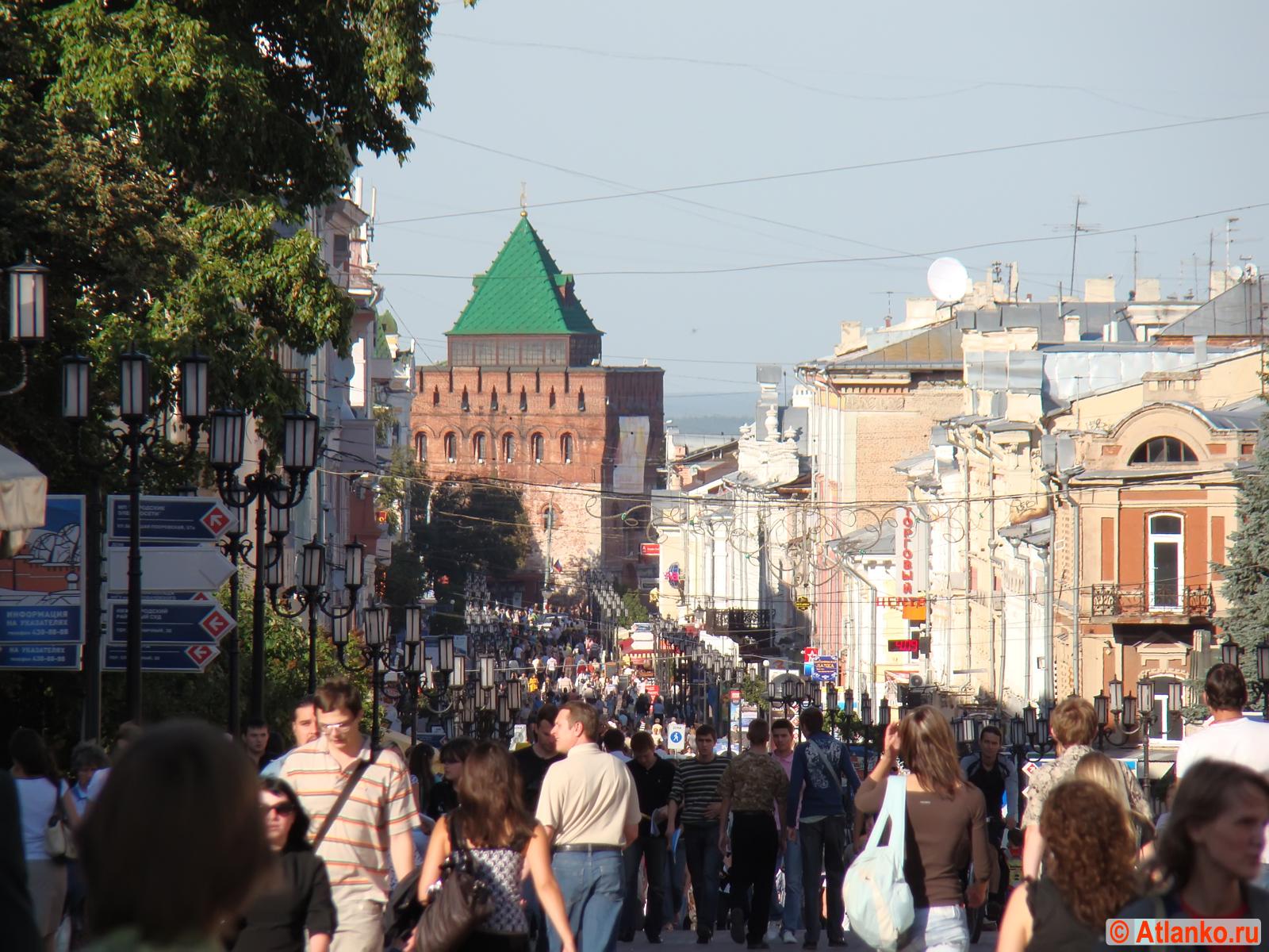 Большая Покровская - улица в Нижегородском районе города Нижнего Новгорода. Фотография